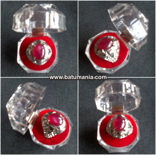 Cincin Batu Ruby Pigeon Blood Natural